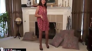 USAwives Horny Mature Lori Leane Toying Hairy Cunt