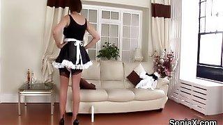 Unfaithful british mature lady sonia exposes her