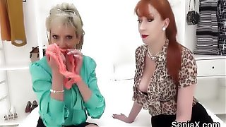 Unfaithful uk mature lady sonia shows her huge p