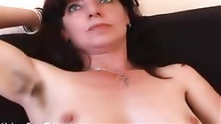 free porn Hairy mature amateur in panties spreads her pussy