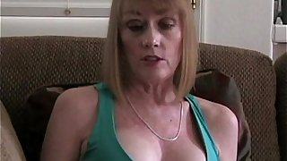Cumdrinker MILF Amateur Slut