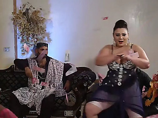 Pakistani big beautiful woman mommy mujra infront of her son